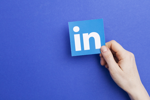 When is the Best Times To Post on LinkedIn